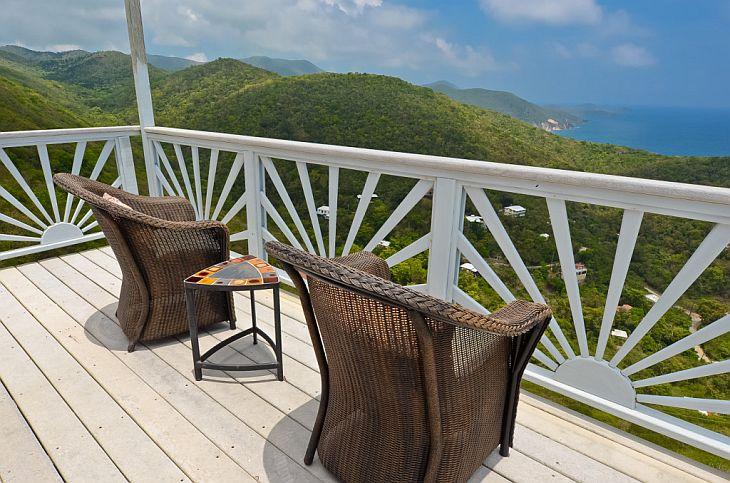 Master-Bedroom-deck
