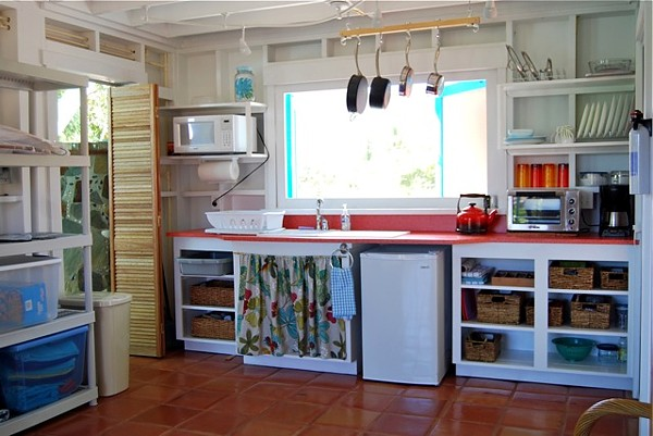 kitchenareaLR