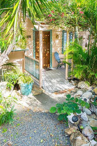 Enter Tradewinds Cottage