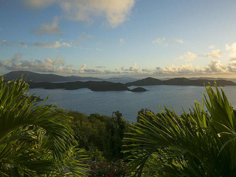 Sunrise in Coral Bay