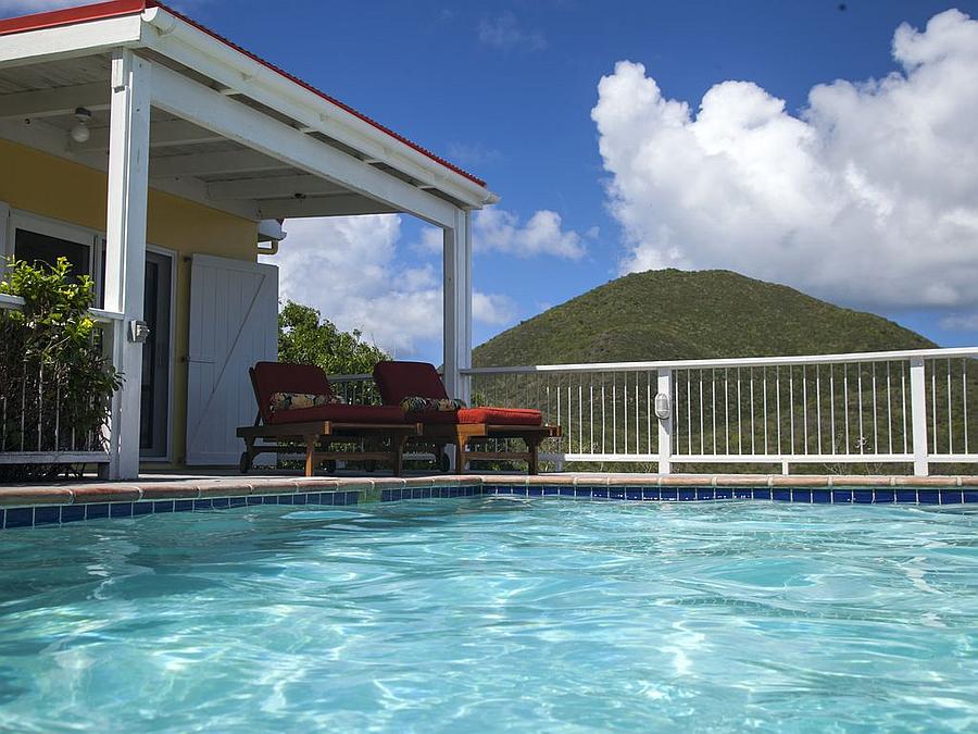 Pool at Caribe Breeze