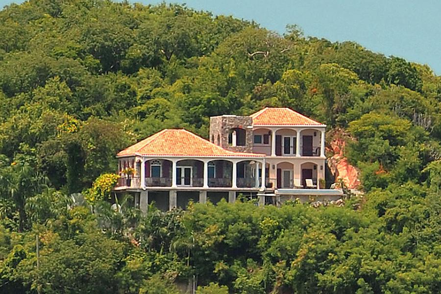 Reef Madness Villa