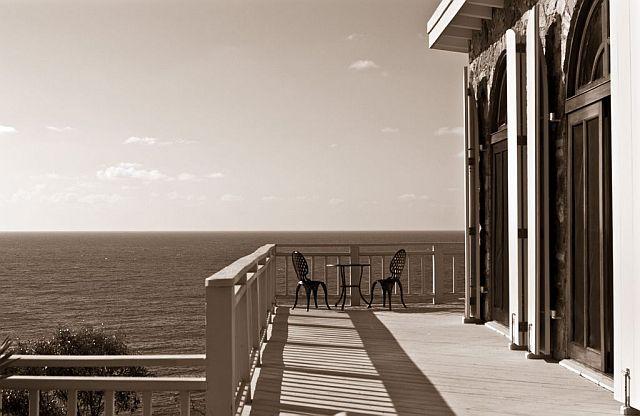 black-white-deck