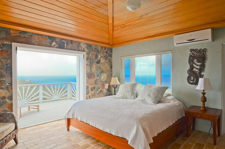 cabana-house-bedroom-with-view