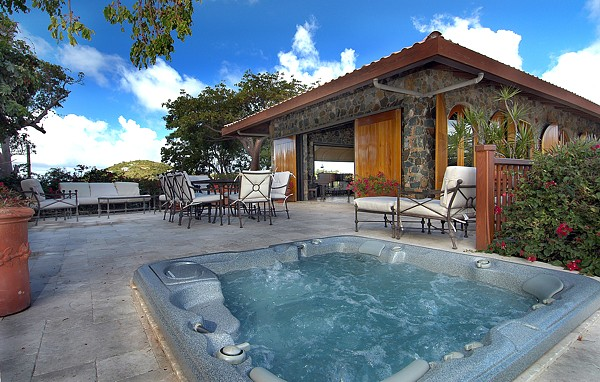 hot-tub-and-house