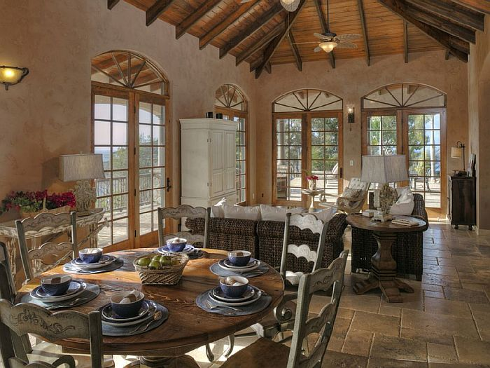 indoor-dinig