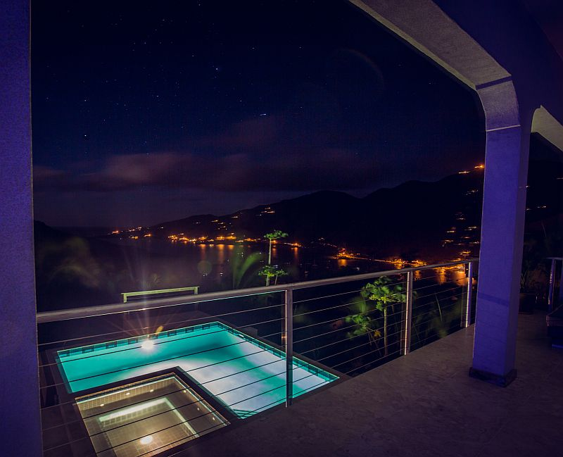 Night View at Sea Palace Retreat