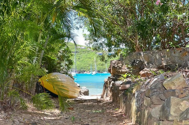 Villa Villekula beach access