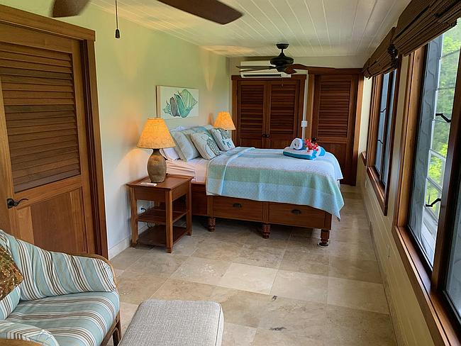 El Caribe Bedroom